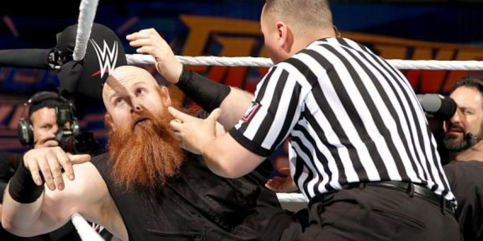 Trató mal a Erick Rowan Foto:WWE
