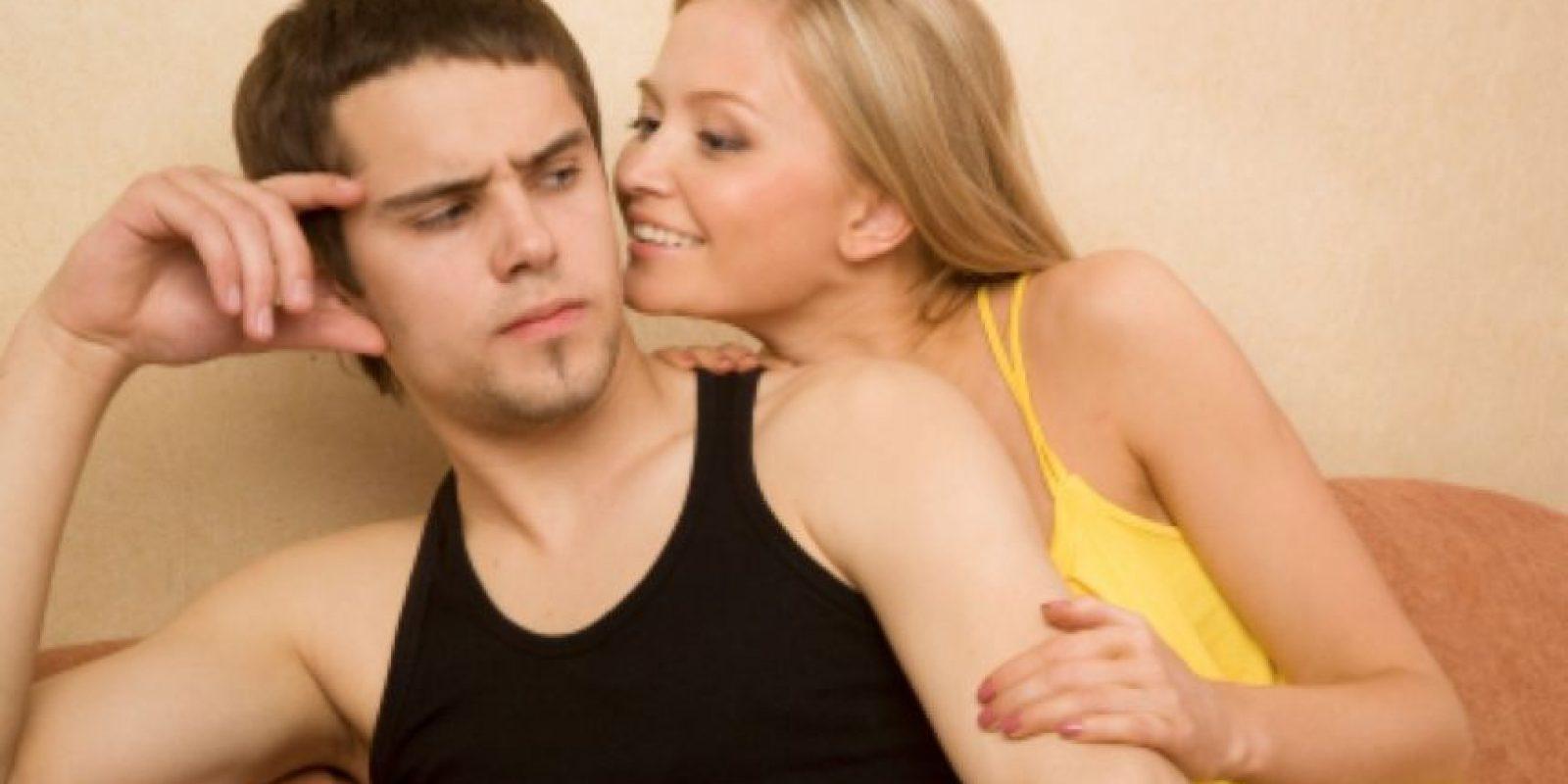 5. No te confesará que aún ve pornografía. Foto:Pinterest