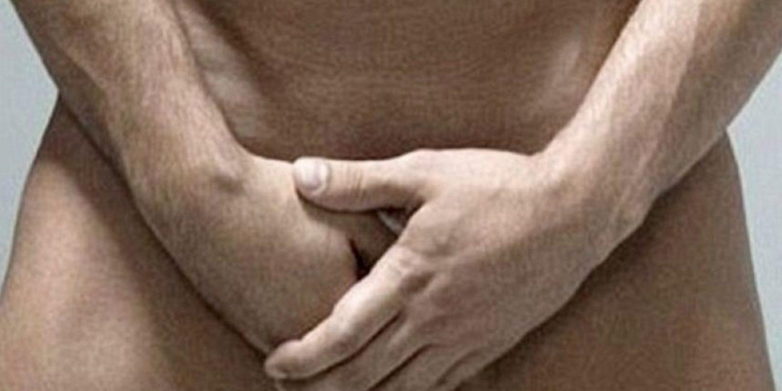 El pene se dobla cuando se hincha. Foto:Tumblr/Pene