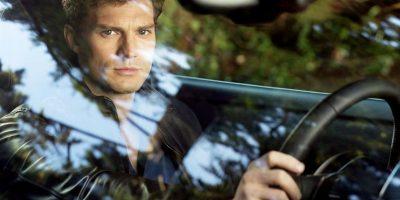 El look casual de Grey es más rudo, pero no por ello deja de ser elegante. Foto:Universal