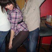 """3. El canal de noticias colombiano """"Caracol"""" difundió una nota en donde se afirma que una mujer originaria de Suecia habría quedado embarazada por practicar el atrevido baile. Foto:Tumblr.com/Tagged-perreo"""