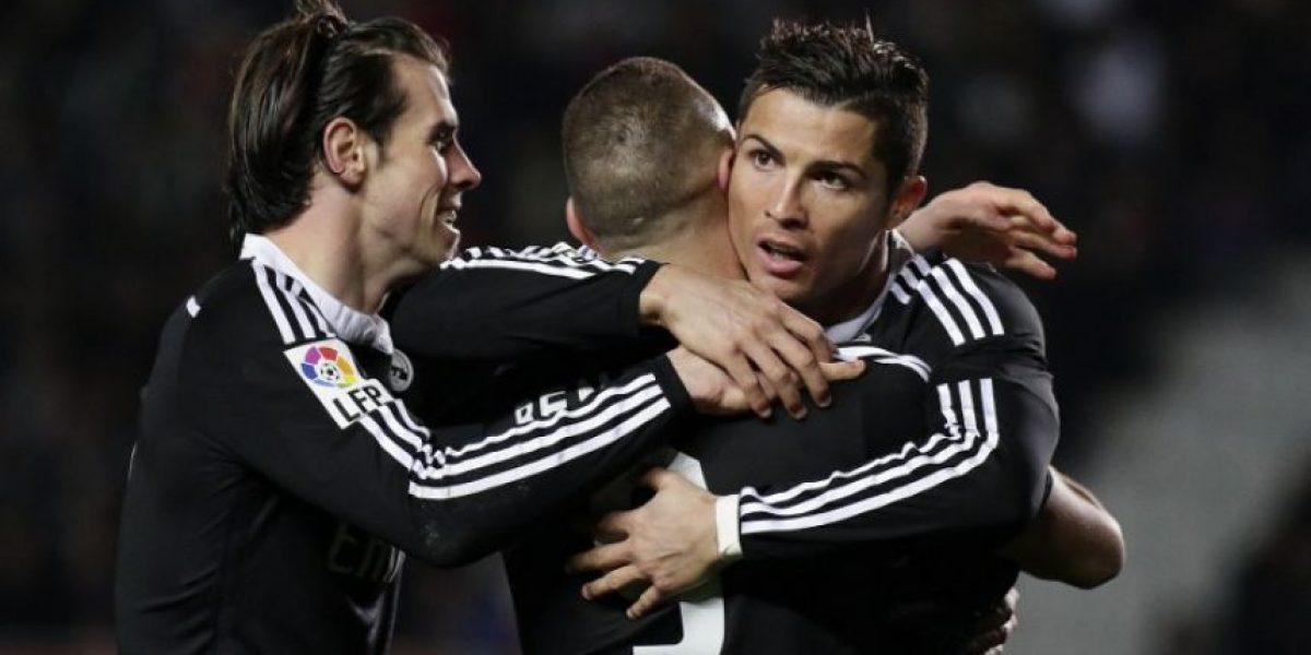 Real Madrid no falla ante Elche y se aleja del Barcelona