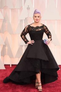 "Kelly Osbourne, con un look ""candy"". Foto: Getty Images"
