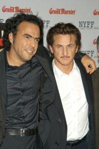 """El director y el actor se hicieron amigos en 2003, cuando filmaban la cinta """"21 gramos"""". Foto:Getty Images"""
