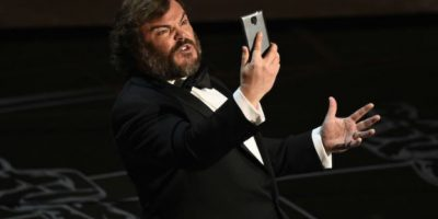 VIDEO: Jack Black usó un Samsung Galaxy en los Premios Oscar