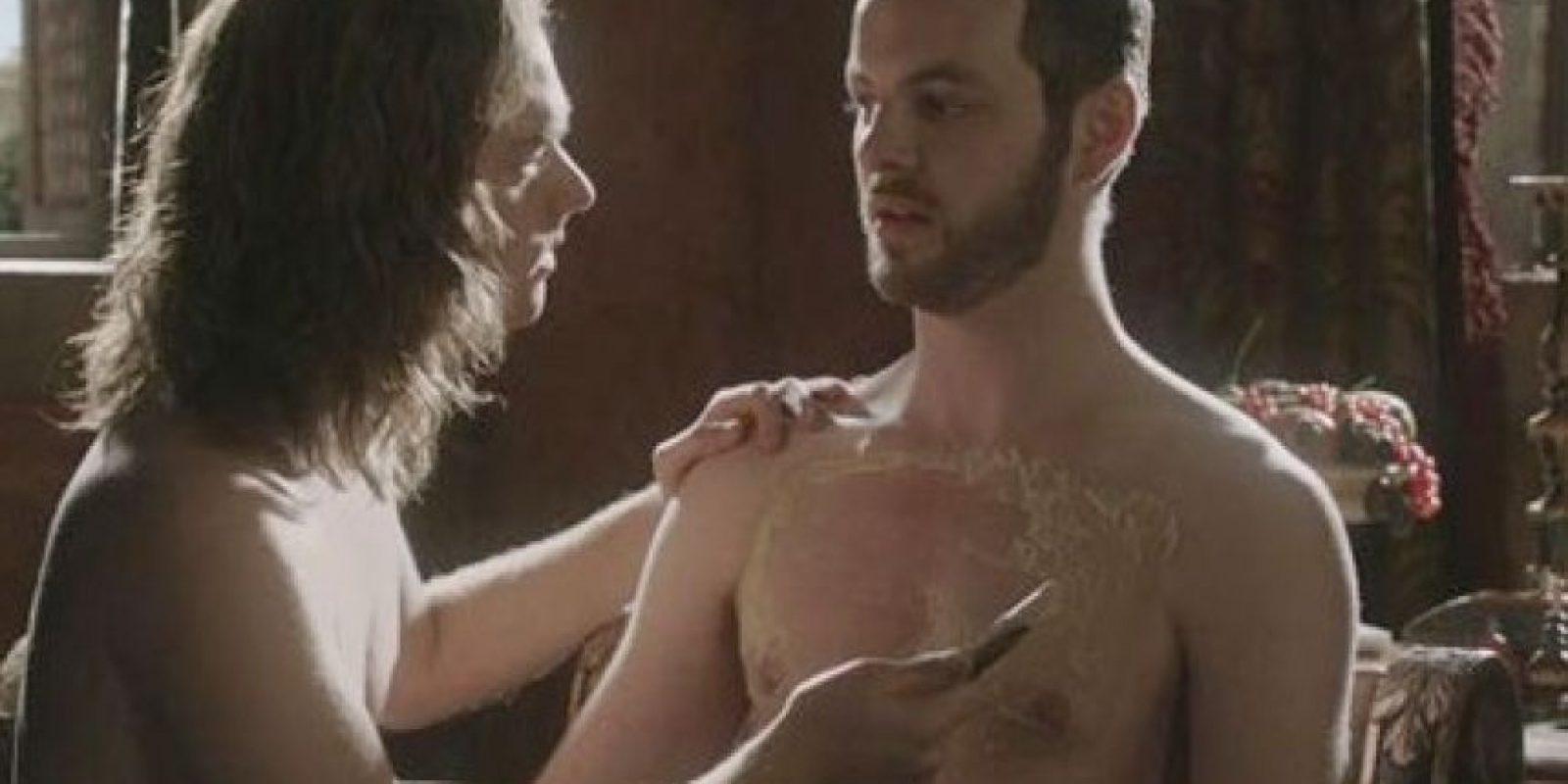 """La serie """"Game of Thrones"""" está llena de sexo y buenas historias. Destaca el romance que viven en el séptimo episodio Renly (Gethin Anthony) y Loras (Finn Jones) Foto:HBO"""