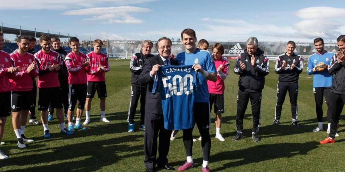 Casillas y Ancelotti reciben homenaje