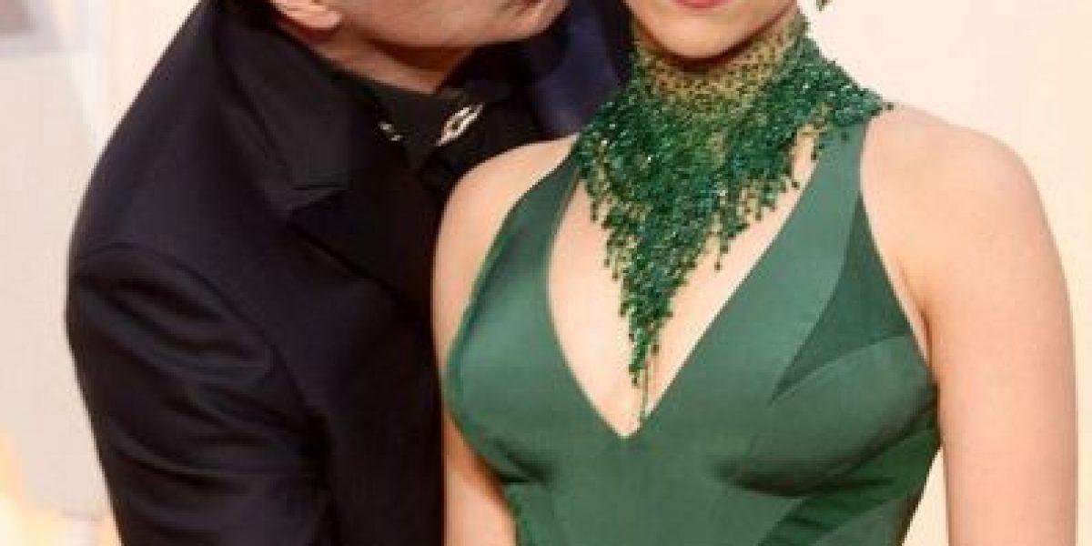FOTOS. Las burlas del momento incómodo entre John Travolta y Scarlett Johansson