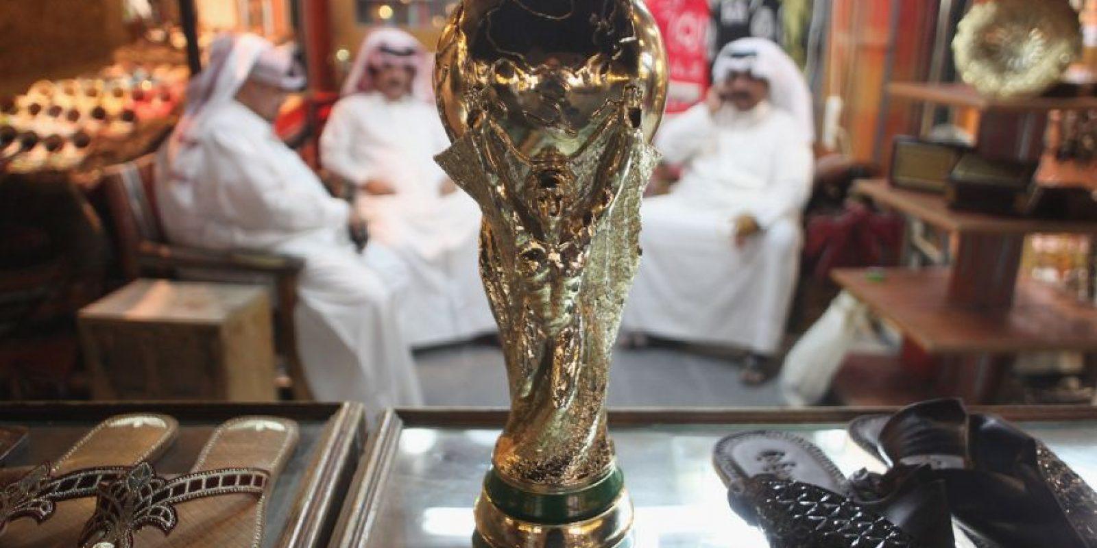 Desde que se designó al país asiático como sede de la Copa del Mundo comenzó el debate por las altas temperaturas Foto:Getty