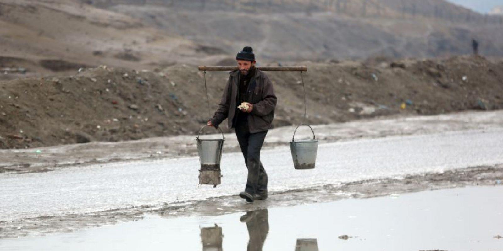 En las zonas también falta el agua. Foto:AP