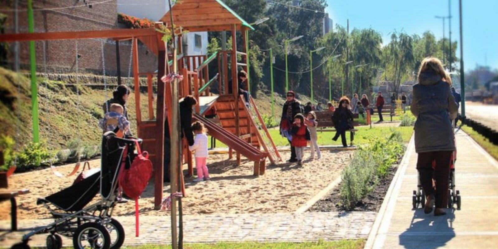 """""""Se necesitaría más trabajo en esta área, por un lado recogiendo datos de las mismas personas durante tiempos más largos, y por otro lado definiendo mejor la cantidad y calidad de espacios verdes y azules necesaria para proporcionar beneficios en nuestra salud"""", explicó Nieuwenhuijsen. Foto:Wikimedia"""