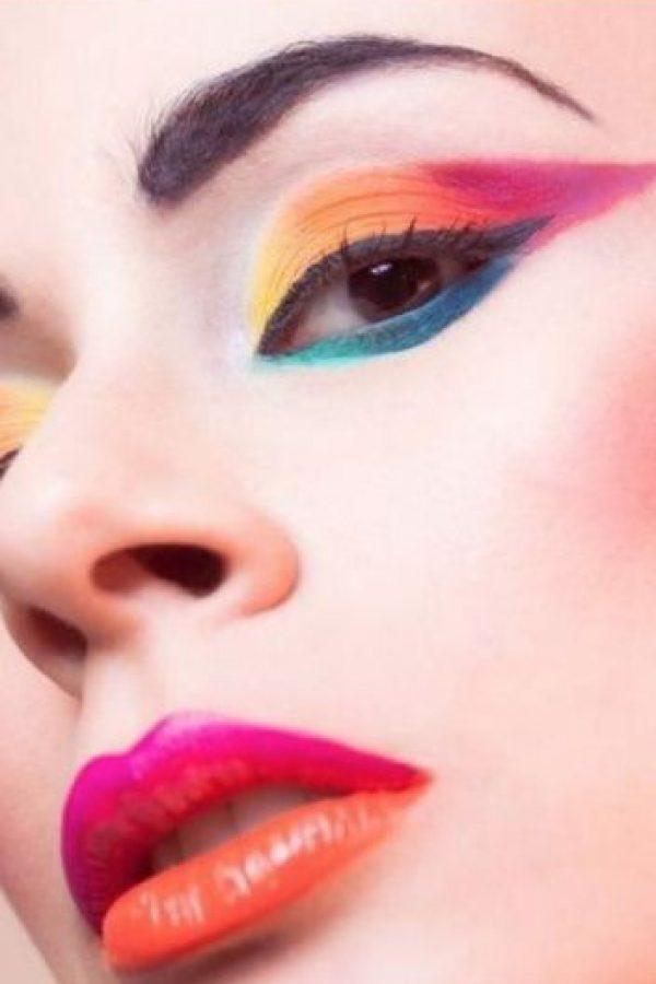 Lina Toro Makeup es colombiana y una de las artistas de maquillaje que más reconocimiento tiene en el gremio a nivel Colombia y con artistas famosos de Europa y Estados Unidos. Foto:Lina Toro Makeup/Facebook