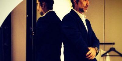 """Alejandro vio posibilidades para desarrollarse como artista y dejó la arquitectura, profesión que desempeñaba en ese momento, para grabar su segundo material discográfico titulado """"Piel de niña"""" Foto:Instagram Alejandro Fernández"""