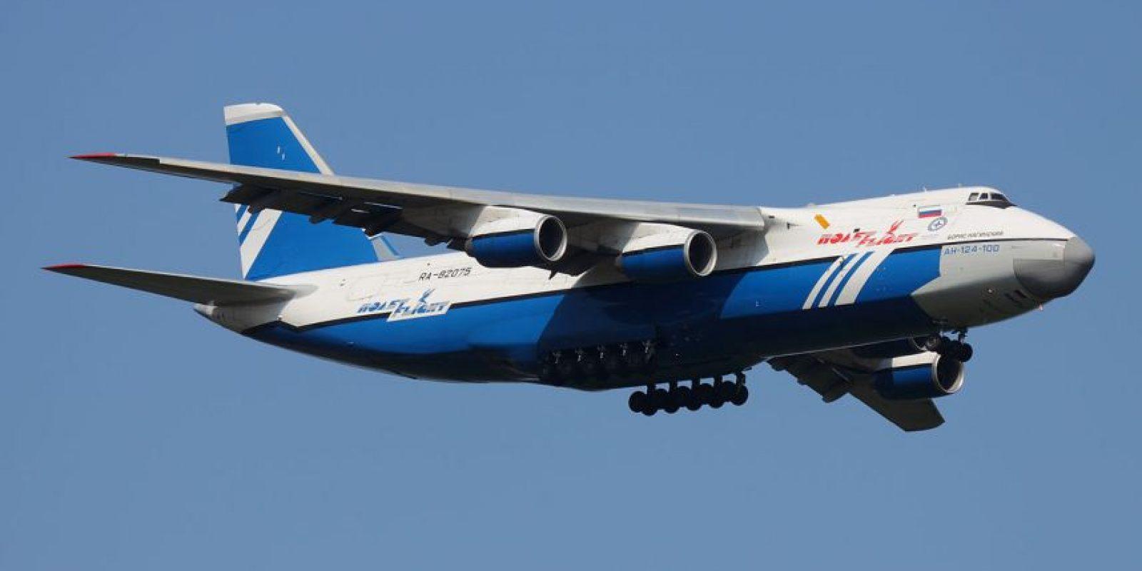 Antonov An-124. Envergadura: 73,3 metros Foto:Wikimedia