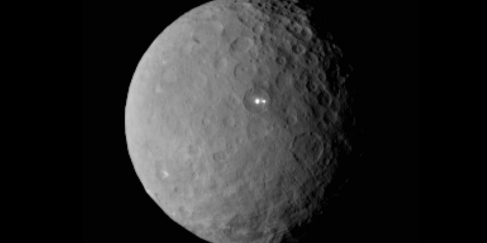 A pesar de que originalmente fue descripto como un planeta, Ceres fue luego categorizado como un asteroide, y después se lo reclasificó como un planeta enano, en el año 2006. Foto:Nasa.gov