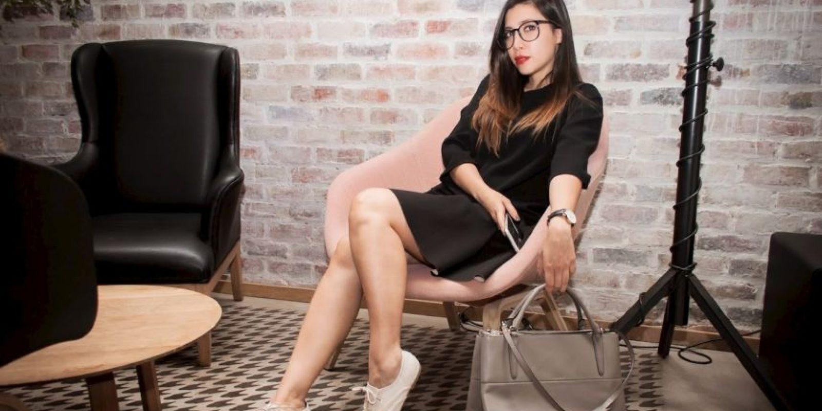 """Ángela Diez es colombiana y en la web se conoce como Ita María. Es la creadora del popular blog de moda """"De la Moda y Otros Demonios"""". Foto:Zico Rodríguez/De la Moda y otros Demonios"""