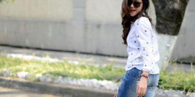 Su blog tiene 145 mil visitas al mes. Ella afirma que la ropa es un medio de expresión. Foto:Moda Capital.