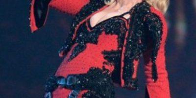 Esta fue la reacción de Madonna al dejar el escenario después de su caída
