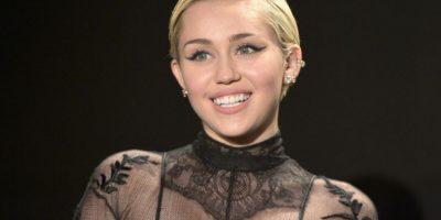 FOTOS: ¿Miley Cyrus ahora tiene un diario para publicar sus desnudos?