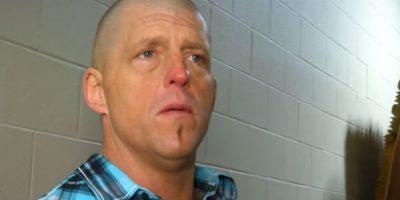 WWE: Así es el cambio radical de un luchador cuando se pinta la cara