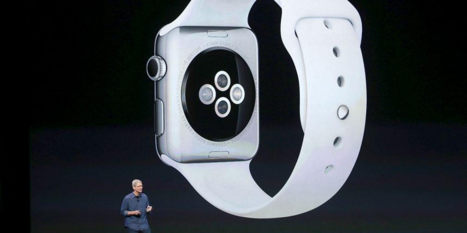 """""""Cada detalle del Apple Watch está diseñado precisamente para el momento en que lo usas y el lugar donde lo llevas: tu muñeca"""" Foto:Getty Images"""