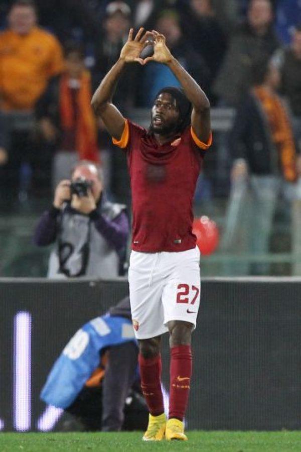 El jugador de Costa de Marfil les respondió con la anotación que le dio el pase a la Roma Foto:Getty