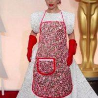 El vestido de Lady Gaga en los Oscar de este año dio para todo tipo de memes Foto:Twitter
