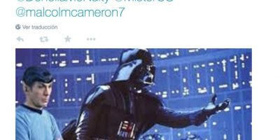 Algunos lo hacen para burlarse de la serie de George Lucas Foto:Twitter