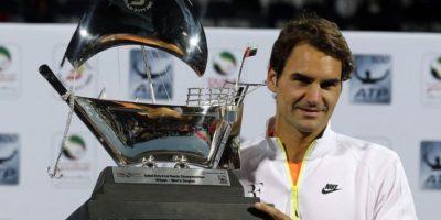Federer derrota a Djokovic en la final de Dubái