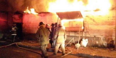 Incendio consumió al menos 15 viviendas en zona 8