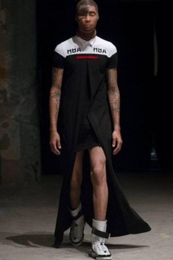"""Sus diseñadores afirmaron que """"las mujeres querían ver los muslos de los hombres"""" y por eso crearon las piezas. Foto:Twitter"""