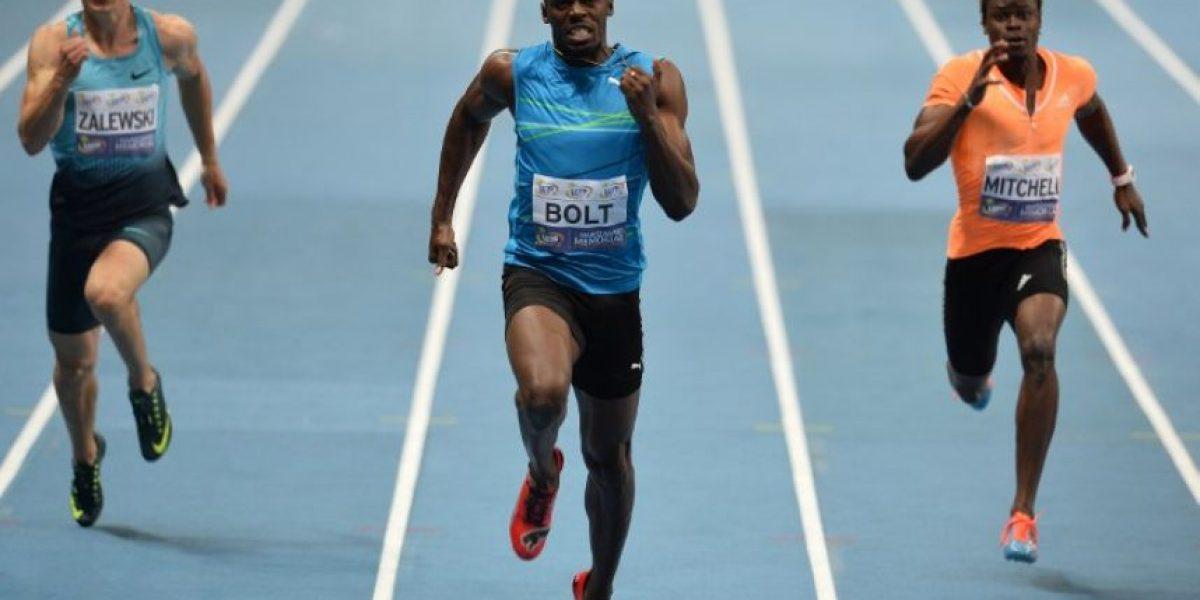 Bolt es derrotado en su regreso a las pistas