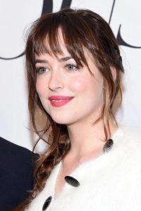 """Obtuvo el papel de """"Anastasia Steele"""" en """"50 Sombras de Grey"""" después de interpretar un monólogo erótico de una cinta de Ingmar Bergman Foto:Getty Images"""