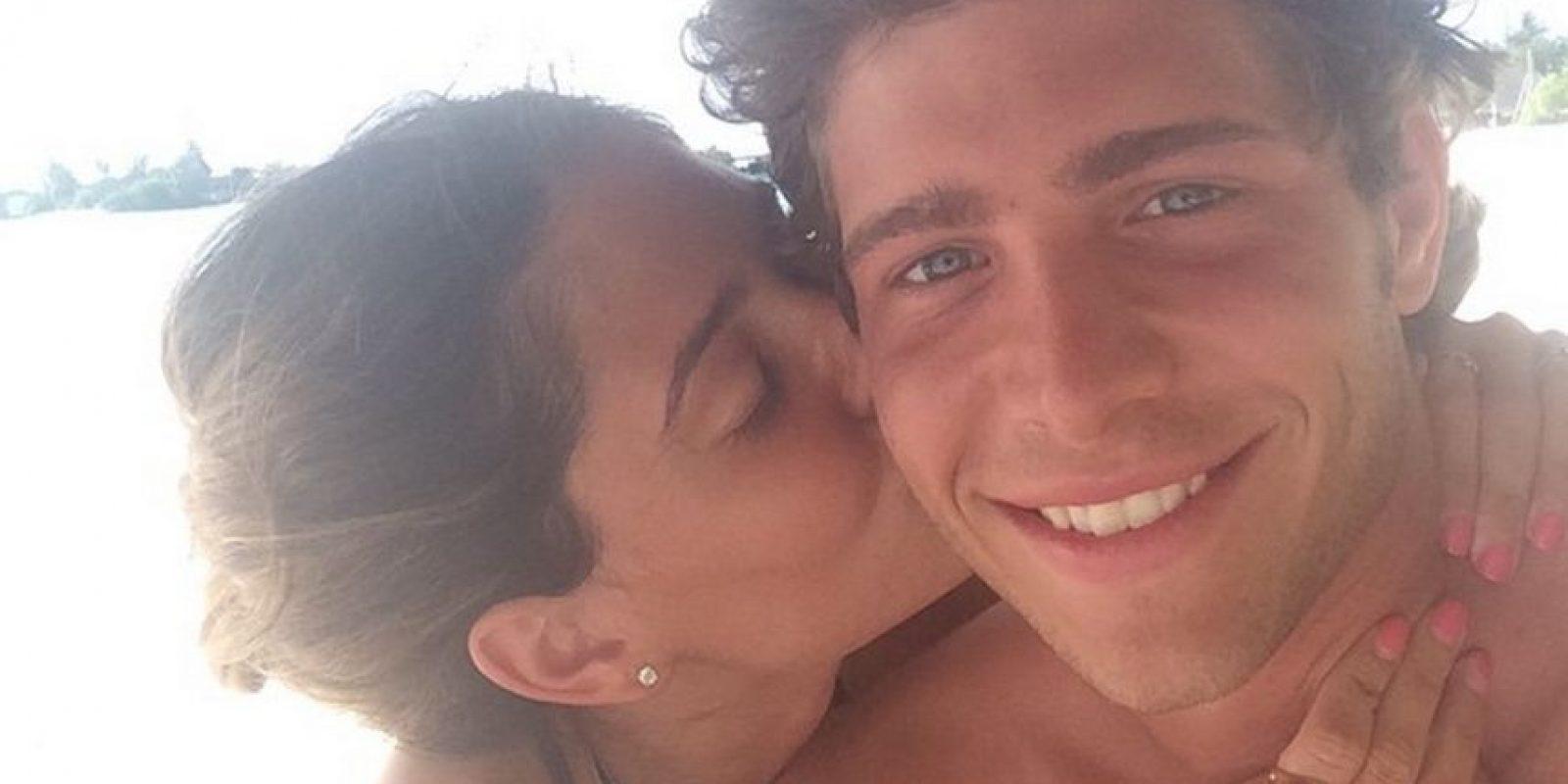 Es pareja de Sergi Roberto Foto:Instagram: @coralsimanovich