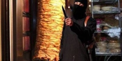 "Con memes se burlan de ""John el Yihadista"", verdugo de ISIS Foto:Twitter"