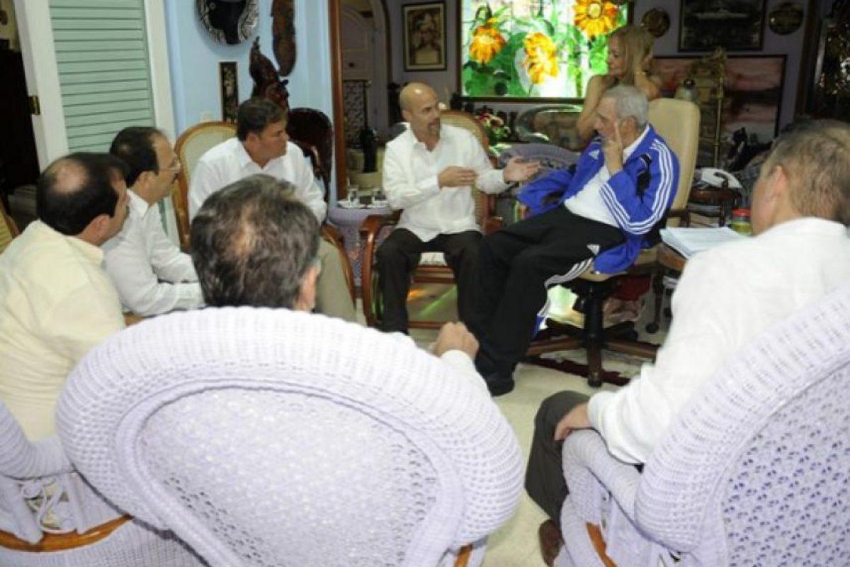 En esta reunión se nota a Castro muy entusiasmado. Foto:granma.cu / Estudio Revolución