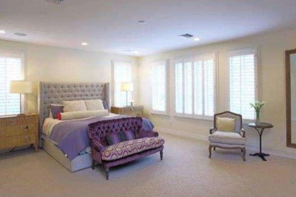 La mansión tiene 5 dormitorios y 5 baños Foto:www.radaronline.com