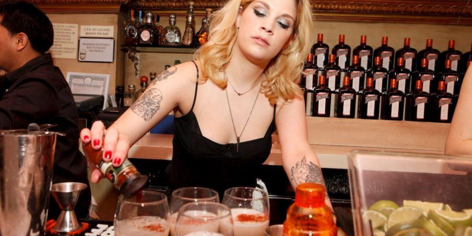 El consejo es reemplazar las bebidas alcohólicas por la cerveza de jengibre. Foto:Getty Images