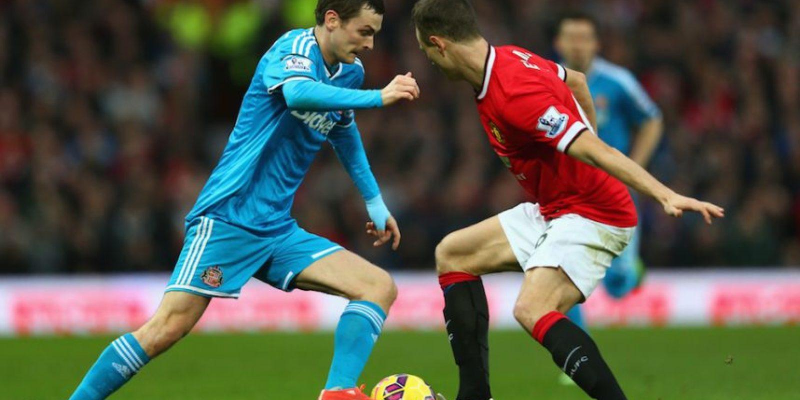 Adam supera la marca de Evans en un partido ante el Manchester United. Foto:Getty Images
