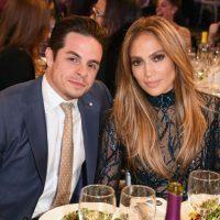 Jennifer Lopez junto a Casper Smart Foto:Getty Images