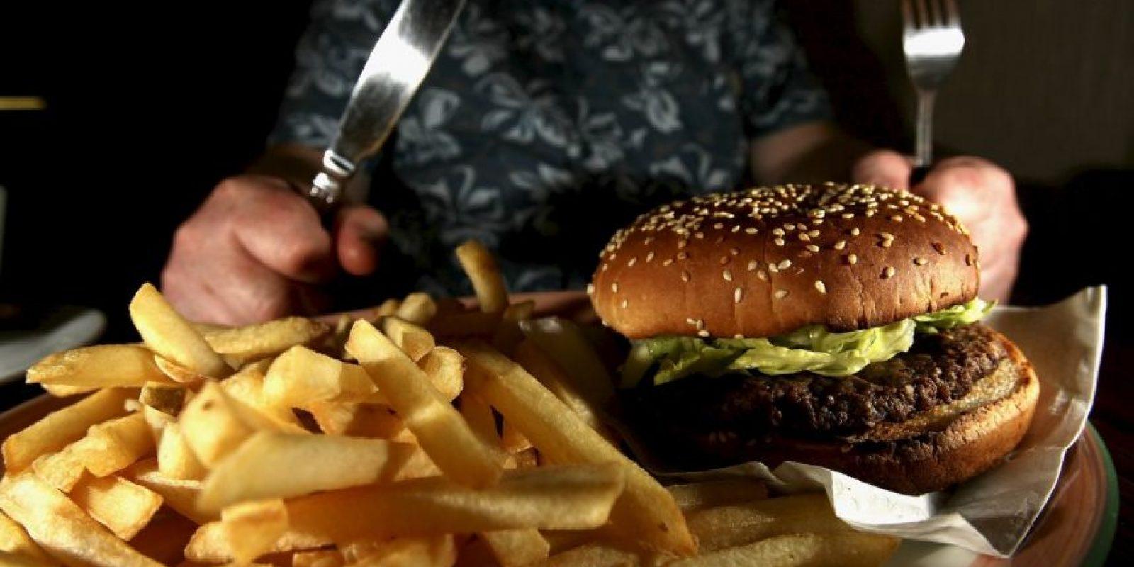 El tip alimenticio es evitar comida chatarra. Foto:Getty Images