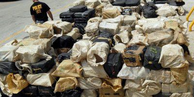 Descartaron otros escondites hasta encontrar cocaína dentro de la cápsula del huevo Kinder Sorpresa. Foto:Getty Images