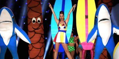 ¡Es oficial! Katy Perry pone a la venta el disfraz de sus tiburones