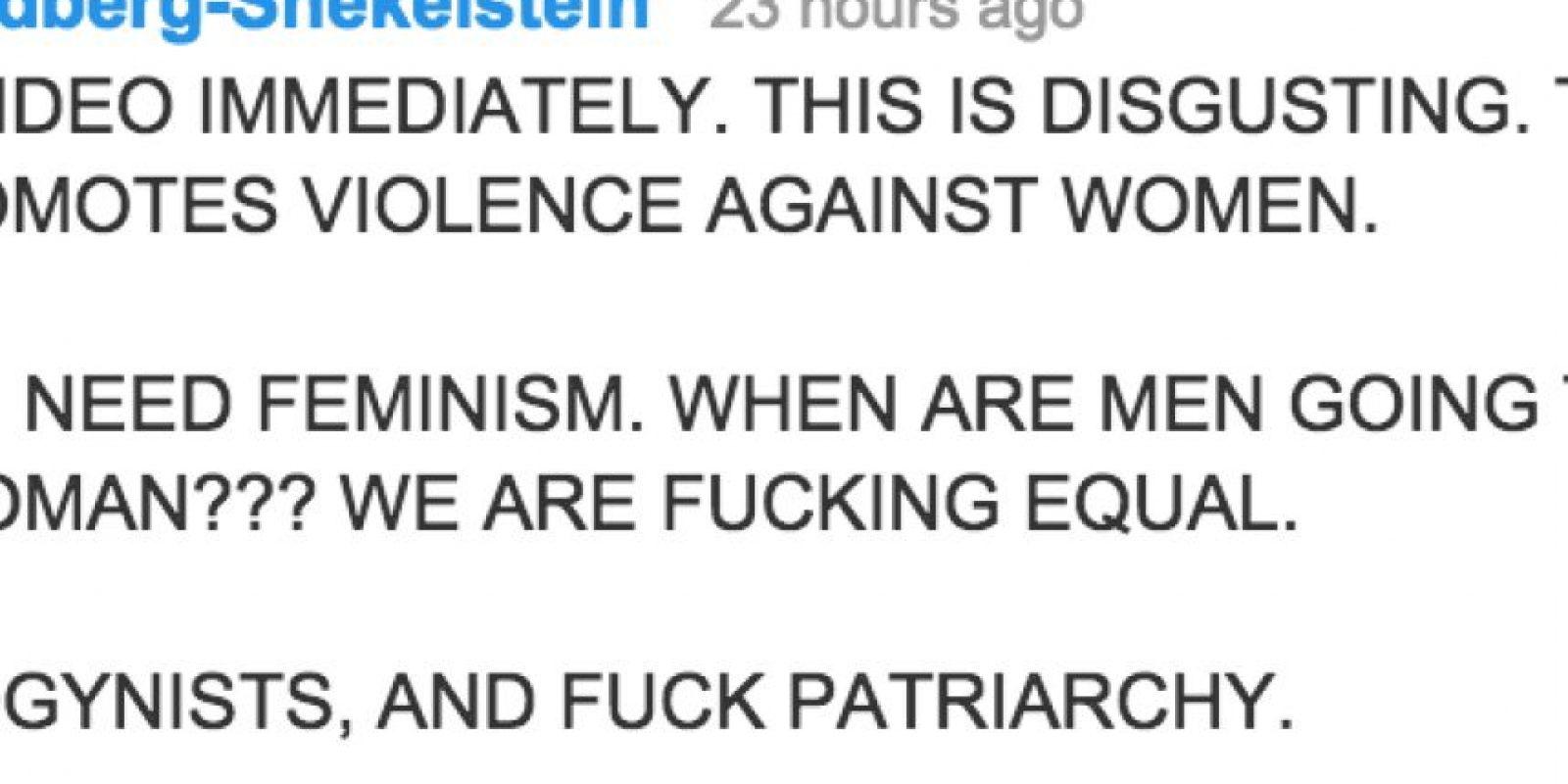 Hay quien pide que se retire el video y asegura que se trata de violencia contra la mujer Foto:Twitter