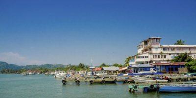 Al igual que las aguas del Puerto de Livingston. Este lugar es un asco. Foto:http://www.buzzfeed.com