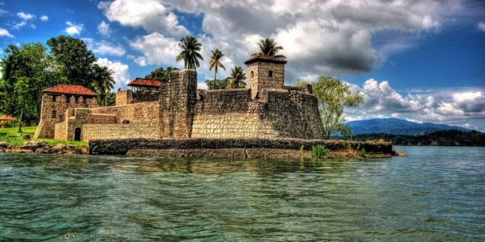 Hay ciertos monumentos, como el Castillo de San Felipe el cual fue construido en 1644, que mejor deberían ser destruidos. Foto:http://www.buzzfeed.com
