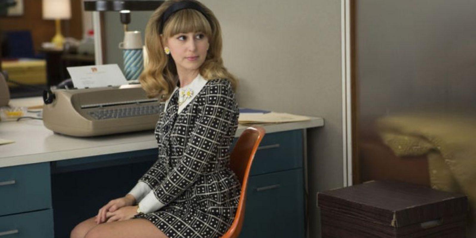 Las mujeres deben puntear de 1 a 5 estrellas su nivel de satisfacción laboral. Foto:AMC