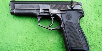 Marshall forcejeó con su vecino al ver que él había sacado una pistola. Foto:Wikimedia