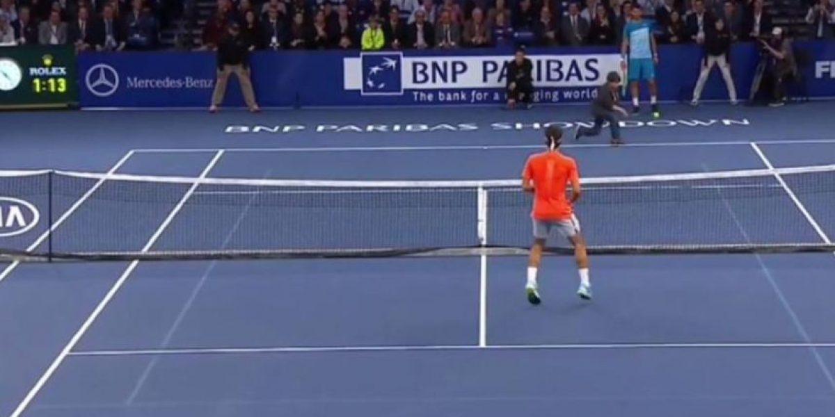 VIDEO. Un niño cumple su sueño y le gana un punto al suizo Roger Federer