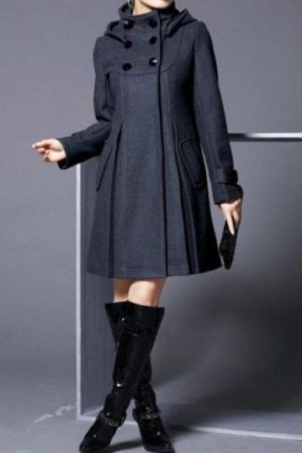 Un abrigo sofisticado… Foto:KnockOffNightmares